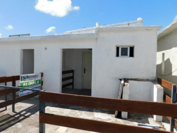 Camino Corrales 2834  apto  7  esquina Manuel  De Ubeda