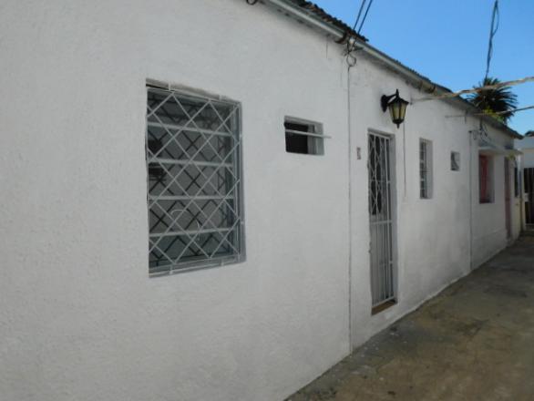 Ernesto Herrera 735 apto 8 esquina Maria Ortiochea