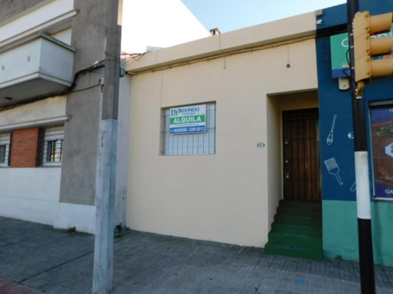 Blvar. Batlle y Ordoñez 5802 esquina Pastor