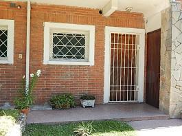 Quicuyo 933 apto 2 esquina Ariel