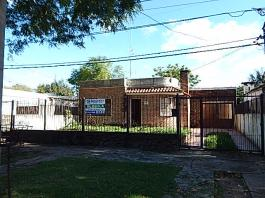 Araure 1245 esquina Olegario Andrade