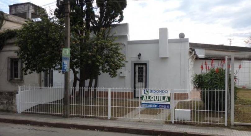 Ignacio Rivas 1037 esq.Pedro Boggiani