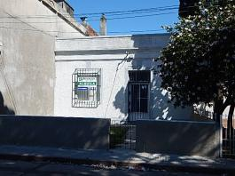 Ignacio Rivas 1027 esquina Ariel